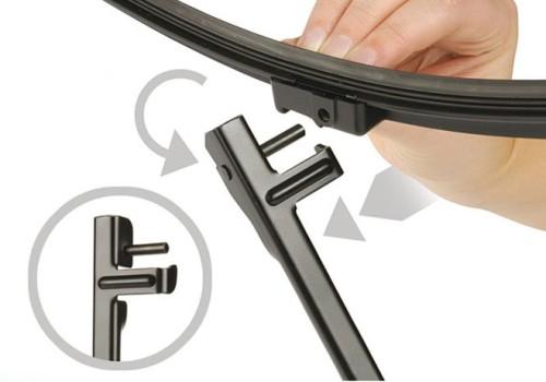Installation of three different interface wiper blades
